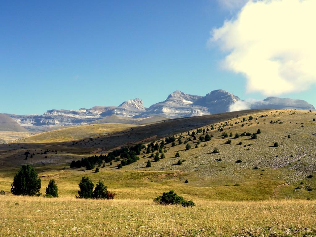 Massif du Mont Perdu depuis la Estiva